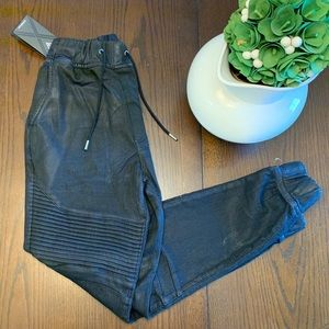 NWT GUESS Joggers Size XS
